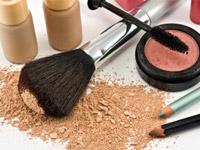 Аллергия на косметику: симптомы и лечение