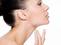 Инъекции филеров и гиалуроновой кислоты относятся С недавних пор инъекции гелей при неправильно рассчитанной дозе передозировке ботокса может развиться парез инъецированных мышц.