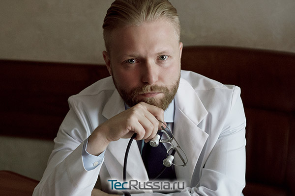пластический хирург Роман Редин